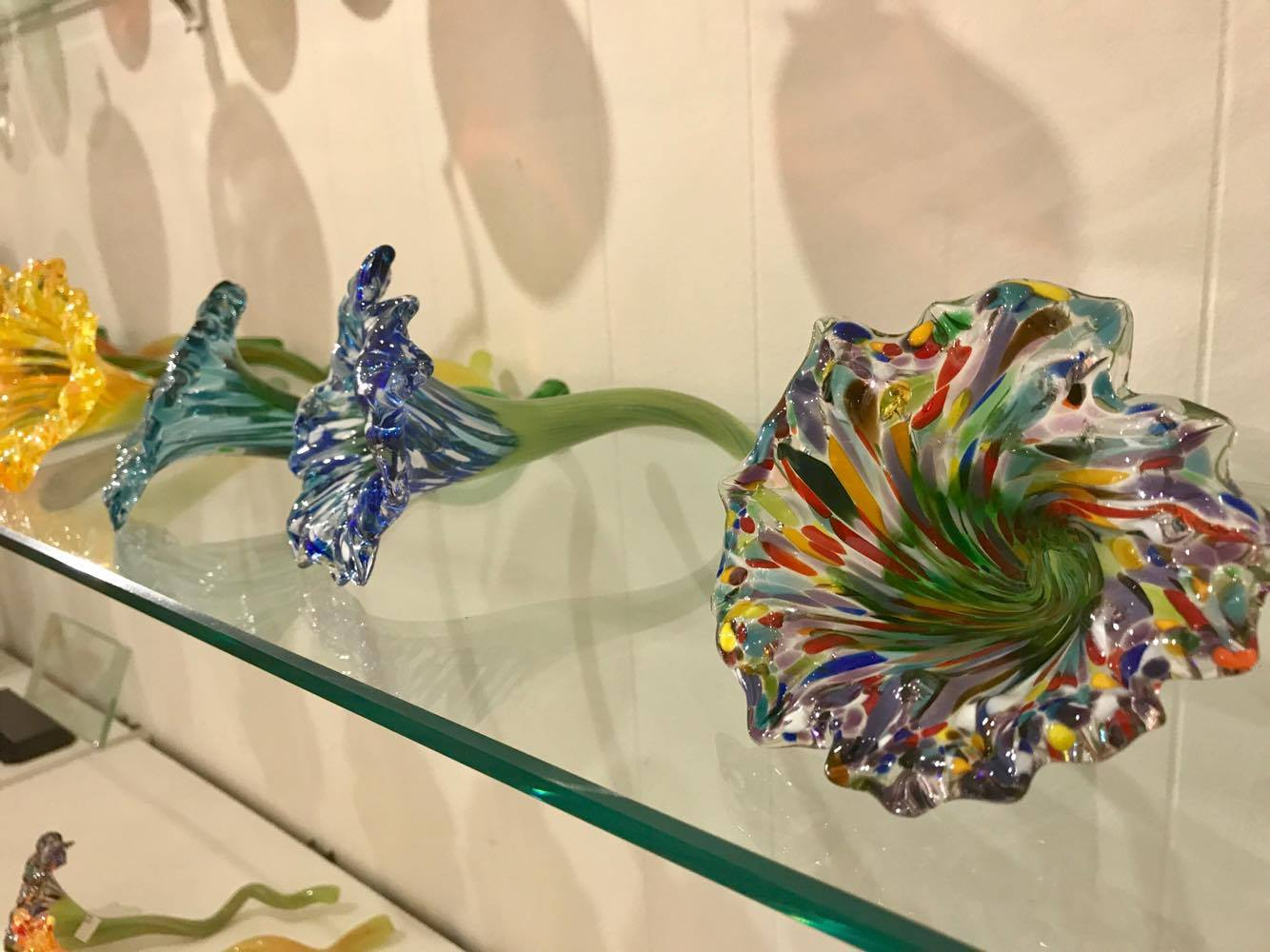 Glass Flowers - Decatur Glassblowing