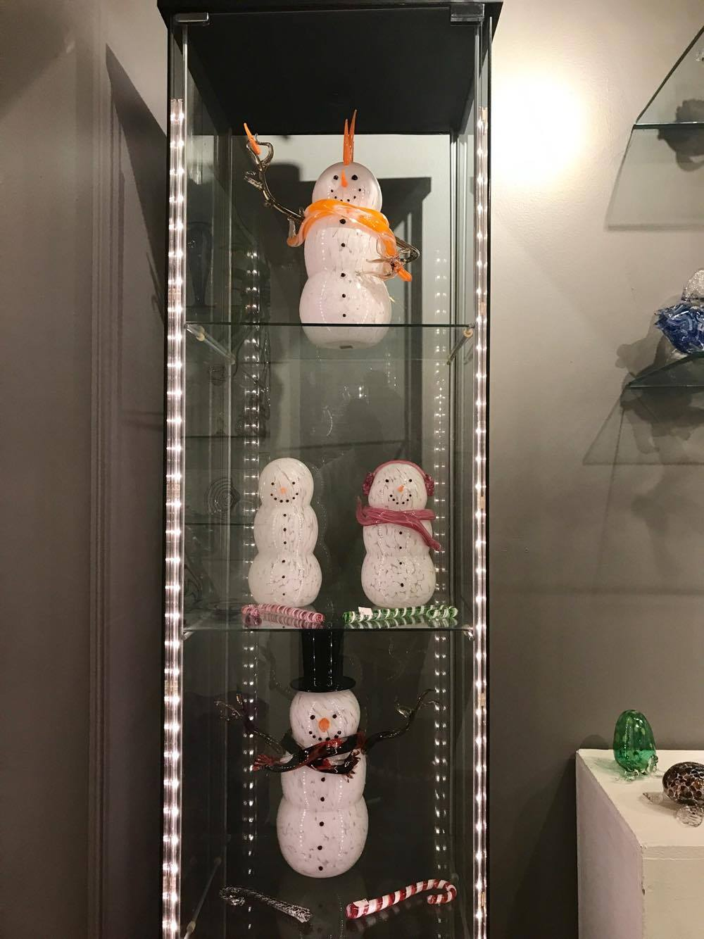 Glass Snowmen - Decatur Glassblowing