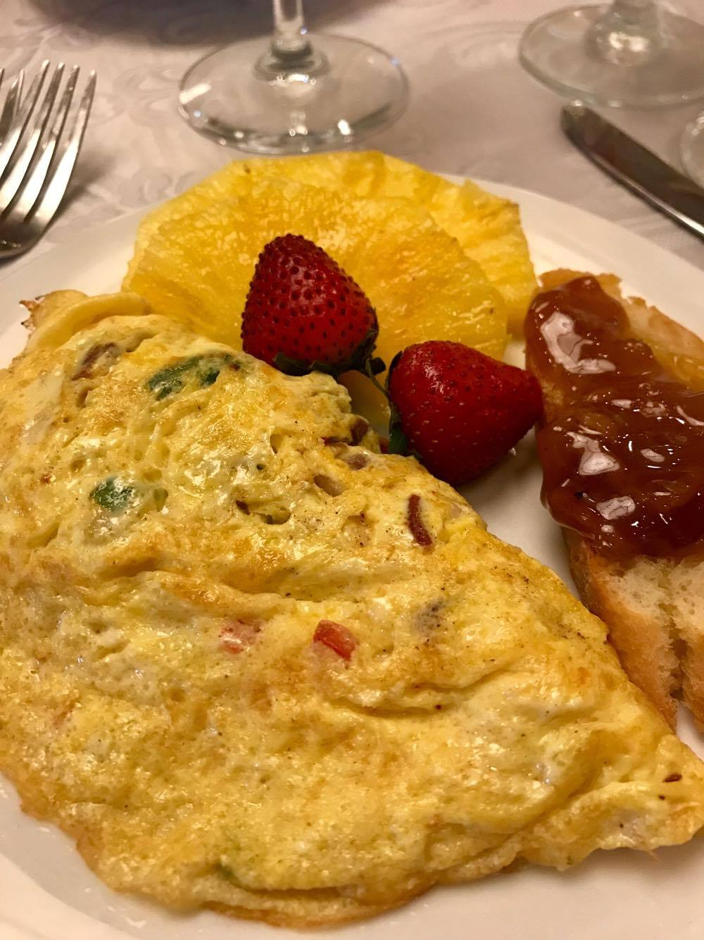 Spiritual Brunch - Omlette Fruit Bacon Jam - St Simons Island Food Spirits Festival