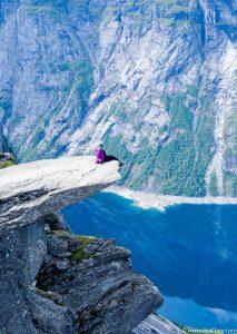 Trolltung Hiking Norway - Camping in Trolltunga - Odda - Bianca