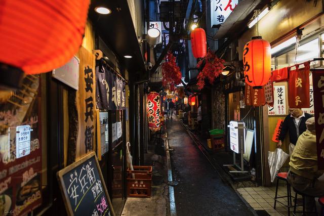 Japan-Tokyo-Piss-Alley - Nicola