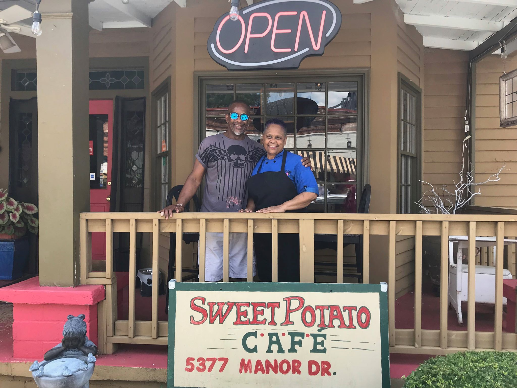 Owners of Sweet Potato Cafe, Darryl & Karen