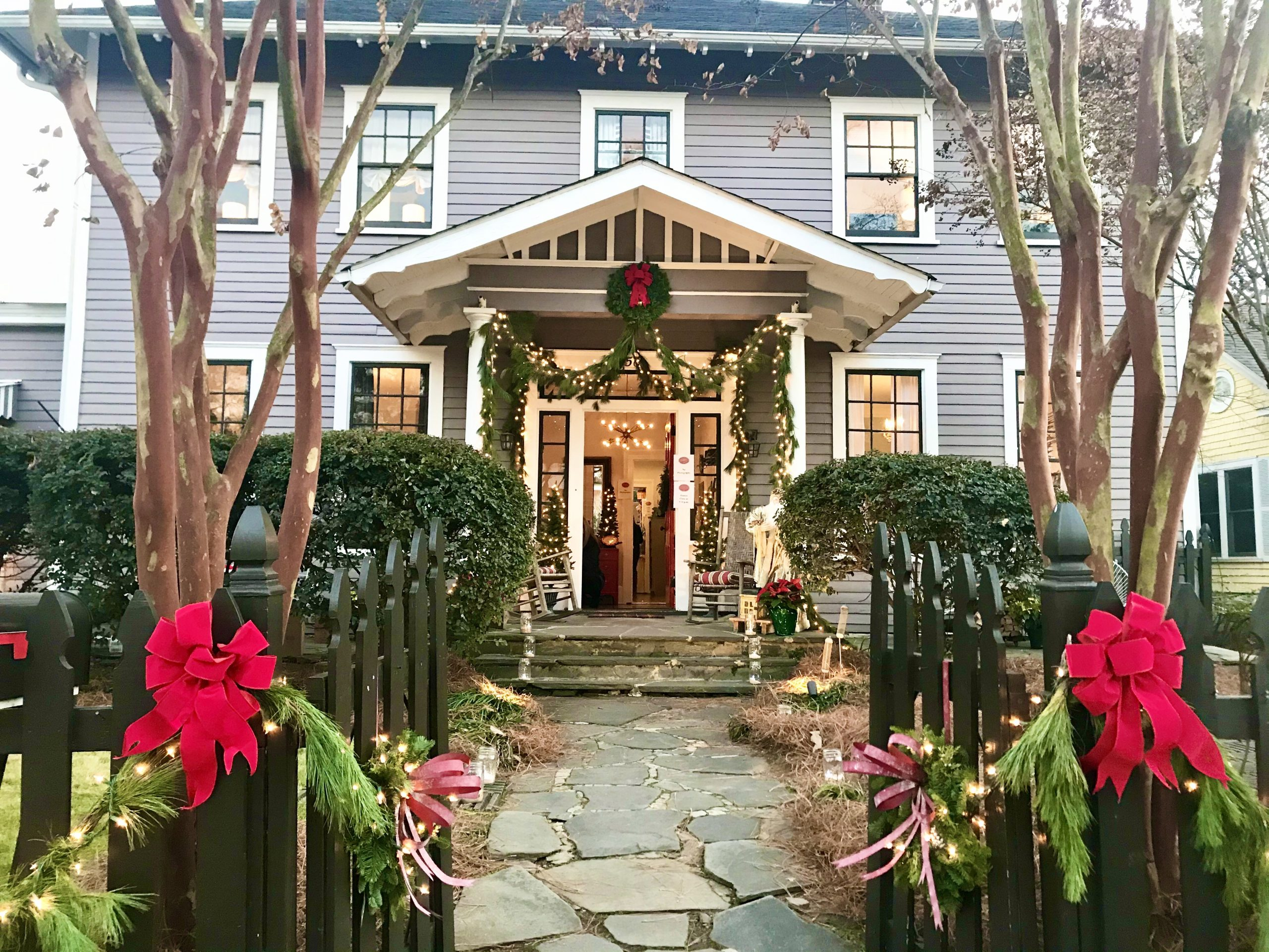 The second house on the tour; the house with my favorite outdoor decorations - 2019 Year Highlights